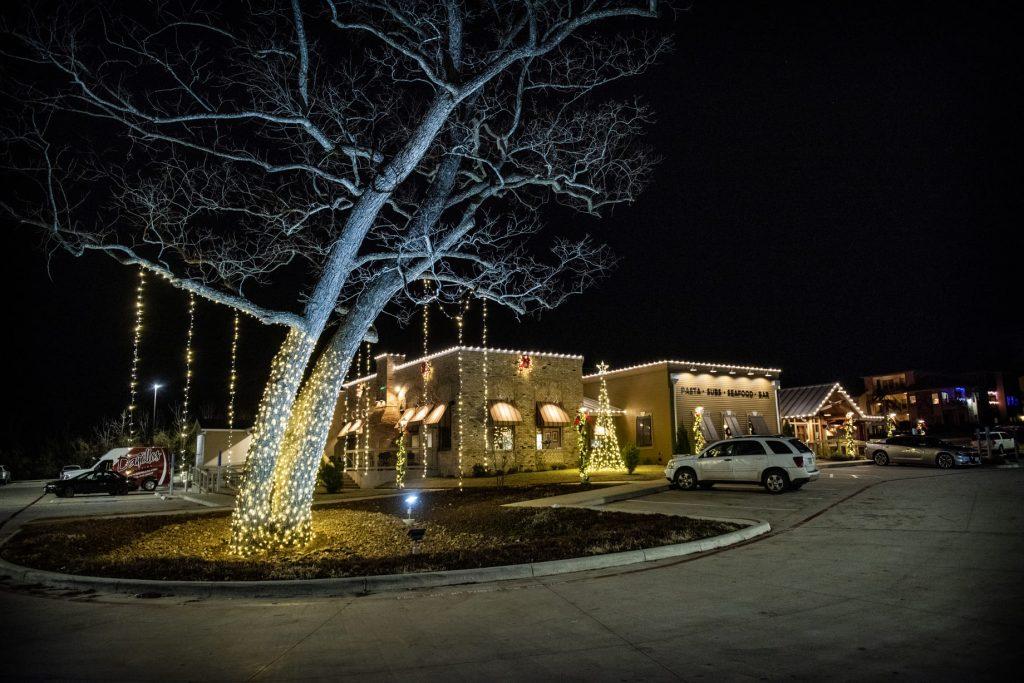 commercial christmas lighting for restaurants